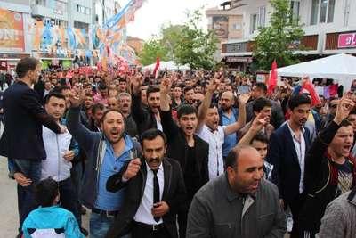 Bolu'da 2 kişi bıçaklandı, HDP İl Başkanı ve 11 kişi gözaltında (2)