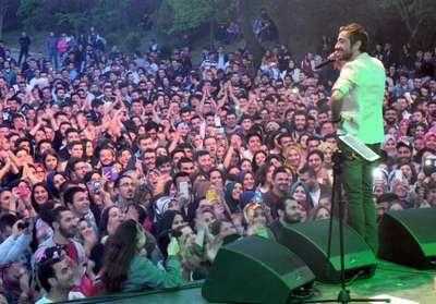 İÜ'deki bahar şenliği, Resul Dindar konseri ile sona erdi
