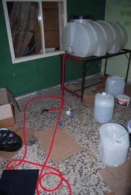 Mersin'de kaçak içki imalathanesi ortaya çıkartıldı
