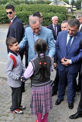 Cumhurbaşkanı Erdoğan: Millet bana meydanlara çıkmam için oy verdi