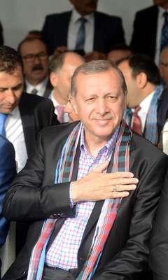 Cumhurbaşkanı Erdoğan: Millet bana meydanlara çıkmam için oy verdi (Ek fotoğraflar)