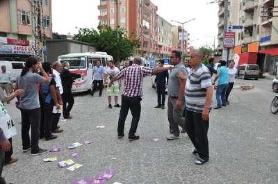 Silifke'de karşıt görüşlü iki grup kavga etti: 1 yaralı