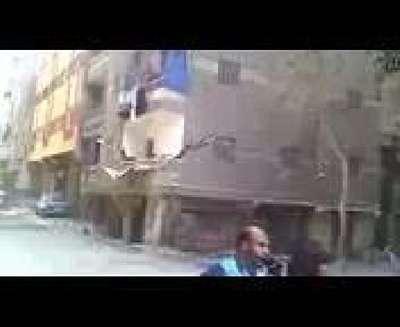 Nepal'de 7,4 büyüklüğünde deprem meydana geldi