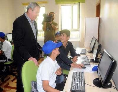 Boeing, Midyat'taki çocuklara eğitim desteği verecek