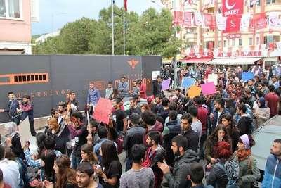 Muğla Üniversitesi'nde çıkan olaylarda 10 öğrenci yaralandı