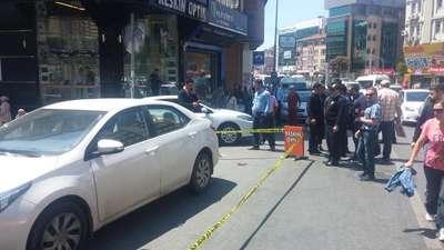 Kadına sokak ortasında silahlı saldırı