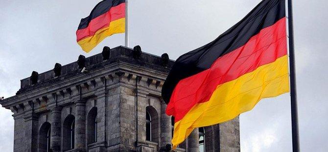 Almanya'da herkese sabit maaş önerisi