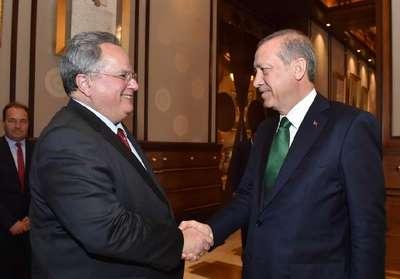 Yunanistan Dışişleri Bakanı Kotsiyas, Cumhurbaşkanlığı Sarayı'nda