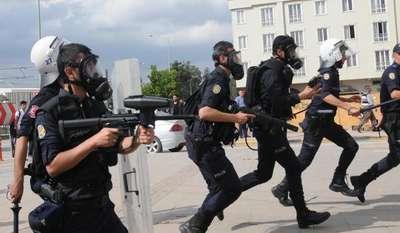 Gaziantep'te karşıt görüşlü öğrenciler arasında gerginlik (2)- Yeniden
