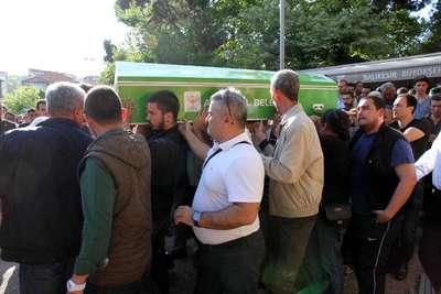 Bursa'da ölen iki üniversiteli son yolculuğuna uğurlandı
