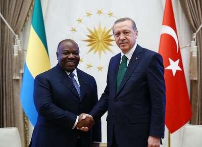 Gabon Cumhurbaşkanı Ali Bongo Ondimba resmi törenle karşılandı