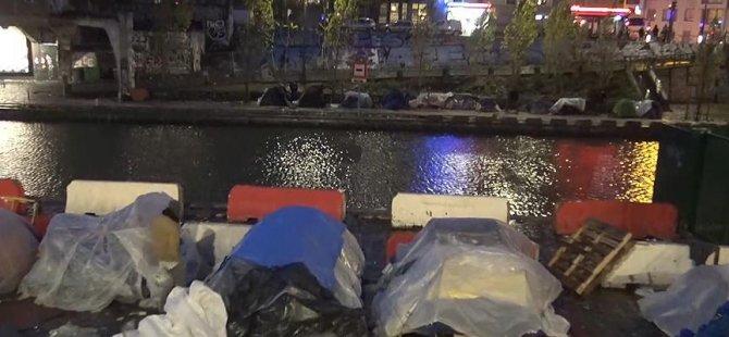 Paris çadır kente döndü
