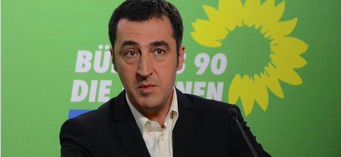 Cem Özdemir'e Ignatz‐Bubis Ödülü