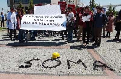 Kocaeli Üniversitesi öğrencilerinden Soma protestosu