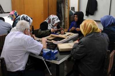 Gaziantep'te Türk motifleri kursiyerleri sertifikalarını aldı