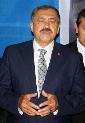 Bakan Eroğlu: KKTC Su Temin Projesi temmuzda tamamlanacak