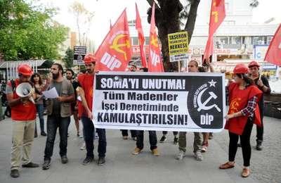 Üniversitede Soma protestosunda 10 gözaltı (2)