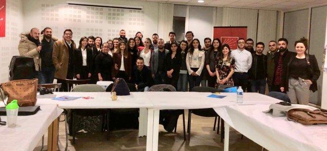 CHP'li gençler, Avrupa'da seçime hazır