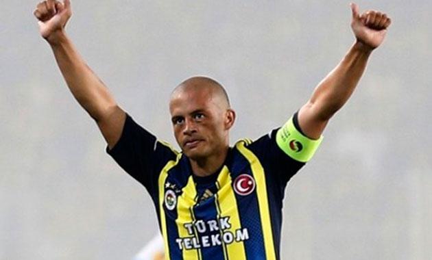 Alex İstanbul'a geliyor