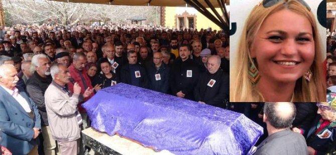 Ferhat Tunç'un kız kardeşi toprağa verildi