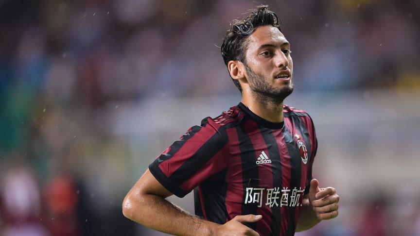 Çalhanoğlu Milan'a galibiyeti getirdi
