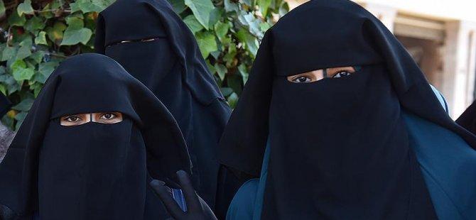 Kamuya açık alanlarda burka yasaklandı