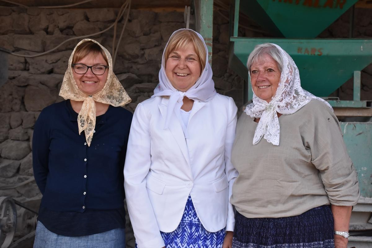 Kanada'dan Kars'a atalarının izini sürdüler