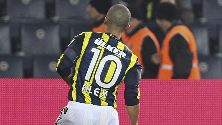 Fenerbahçe '10'suz olmuyor