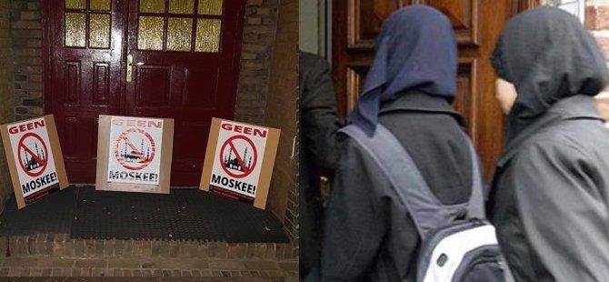 'Camilereokulziyaretlerini durdur' pankartları
