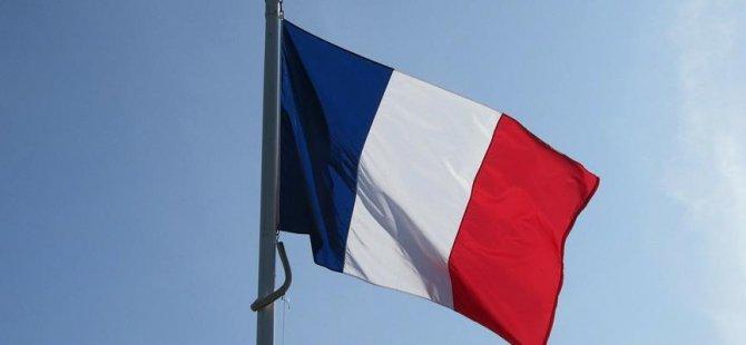 Fransa'dan Hong Kong'da diyalog çağrısı