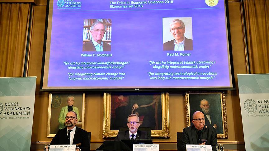 Nobel Ekonomi Ödülü'nü paylaştılar