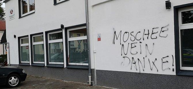 Almanların yarısı 'Müslüman' göçmen istemiyor