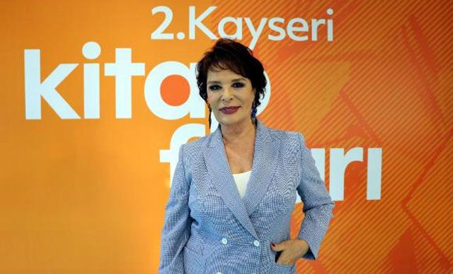 Hülya Koçyiğit: Atatürk'ün huzurunda söz verdim
