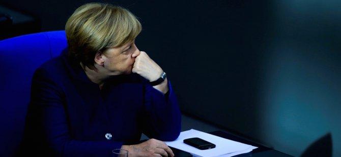 Merkel: Bu koşullarda silah satışı yapamayız
