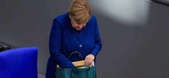 Merkel: Siyasi hayatım bitecek