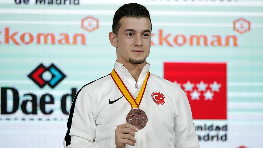 Ali Sofuoğlu'ndan tarihi başarı