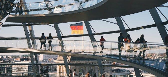 Almanya, 49,8 milyar avro bütçe fazladı verdi