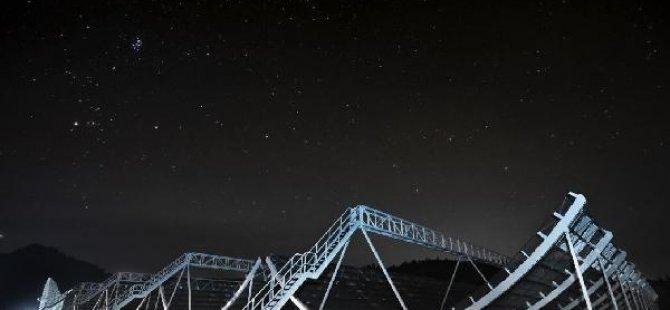 1.5 milyar ışık yılı uzaklıktan radyo dalgası