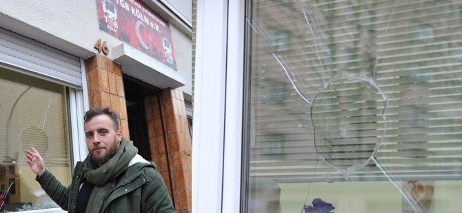 PKK yandaşları TGB bürosuna saldırdı