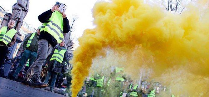 Maskeli göstericilere hapis ve 15 bin avro para cezası
