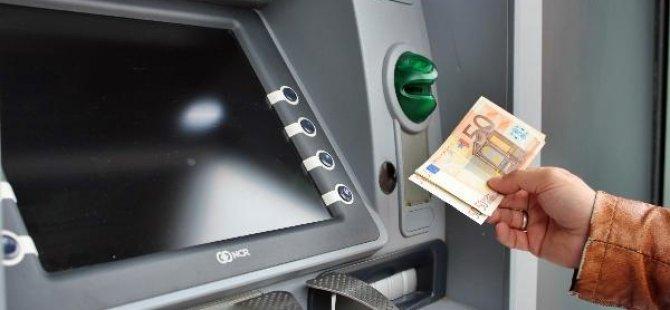 Avrupa'da en fazla nakit parayı hangi ülke kullanıyor?