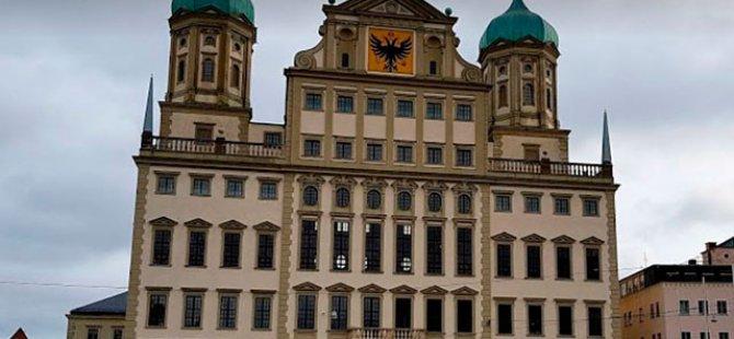 Almanya'da bomba alarmı: Belediye boşaltıldı