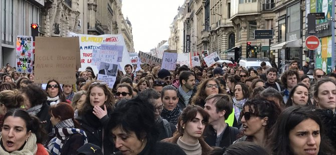 Paris'te grev var: 230 okul kapatıldı
