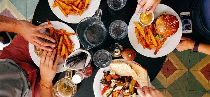 Dışarıda yemek yemek kanser yapıyor