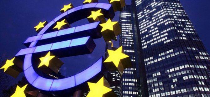 ECB: Risklerin devam etmesini bekliyoruz