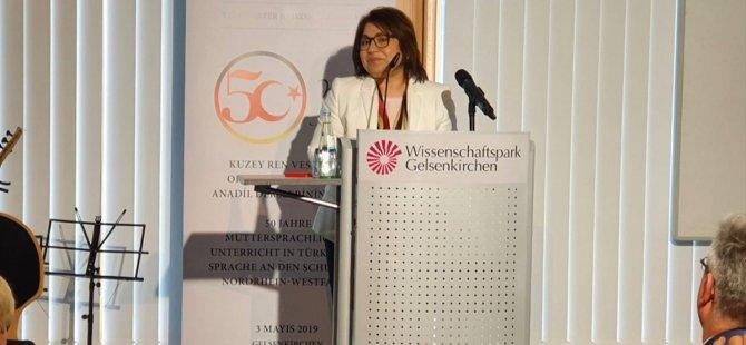 'Türkçe ana dili dersi kültürel bir haktır'