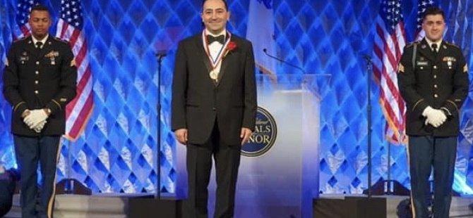 ABD'den 3 Türk'e şeref madalyası