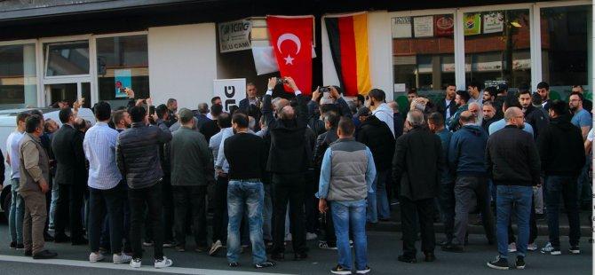 Cami saldırısında 1 Alman gözaltına alındı