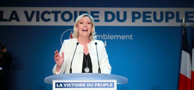 Fransa'da ırkçı parti liderliğini sürdürüyor