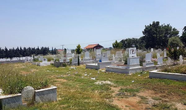 Türk mezarlığına saldırı